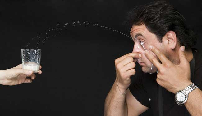 Crazy world records. Farthest Distance Covered by Squirting Milk From Your Eye