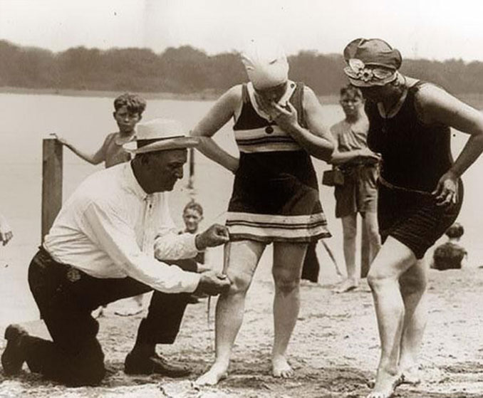A photo of a 1920's beach inspector - 10 photos you won't believe weren't photoshopped.