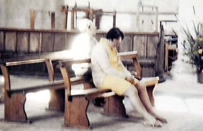 White Lady Of Worstead Church - 10 Ghostly Photos You Have Never Seen
