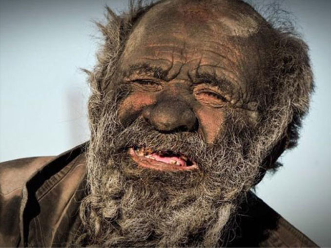 World's dirtiest man Amou Haji - 10 real people you have to see to believe.