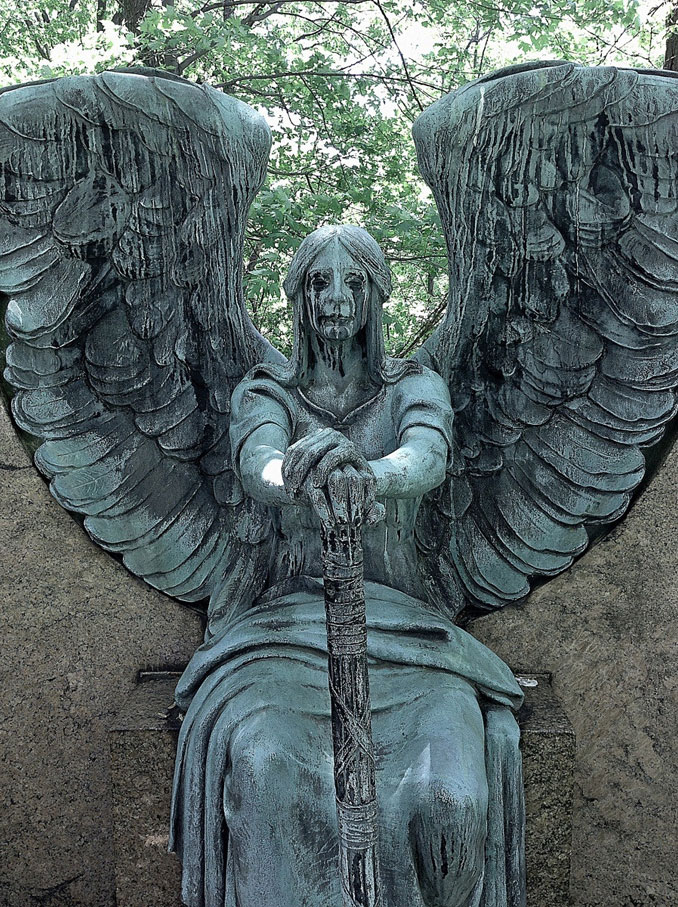 The Haserot Angel - 10 Creepiest Statues Ever Created