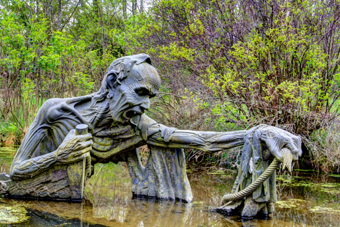 The Ferryman's End - 10 Creepiest Statues Ever Created