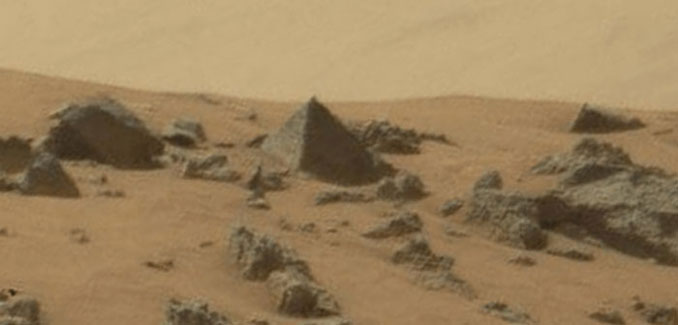 Pyramid on Mars - 10 Mysterious Photos Taken In Space