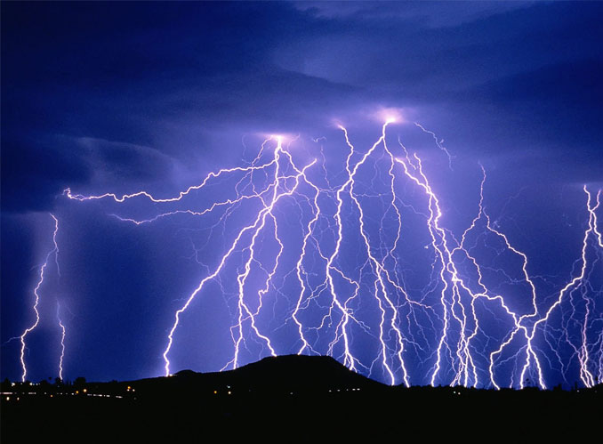 Lightning - 20 Shocking Weather Facts You Probably Don't Know