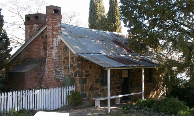 Blundell's Cottage - 10 MOST Haunted Places in Australia