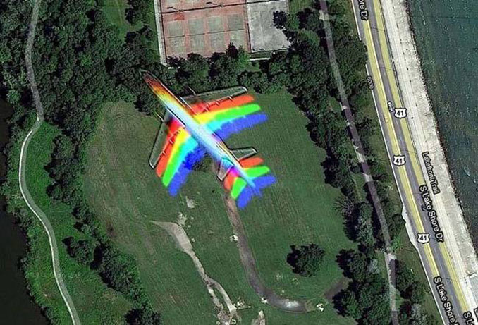 A multicoloured plane flying seen on Google Earth.