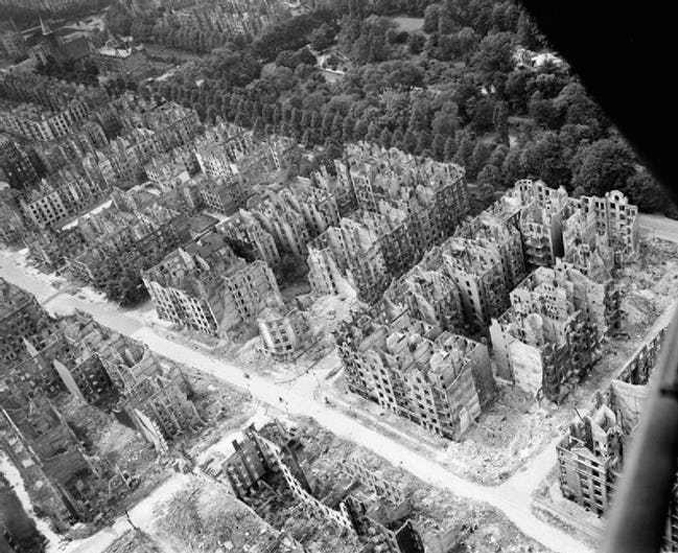 World War II air raid - 10 REAL Cases Of Time Travel That Cannot Be Explained
