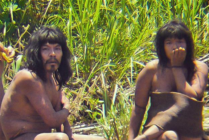 The Mashico-Piro tribe are one of the Most Isolated and Dangerous Tribes in the World