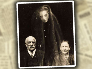 The Scariest Vintage Ghost Photos Ever Taken